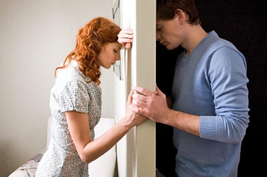 Как зажечь новую искру в семейных отношениях?