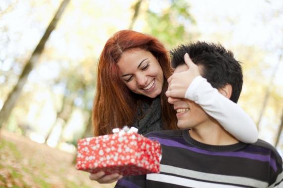 Что подарить своему любимому?