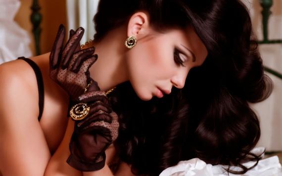 Украшения настоящих красавиц. Браслеты от эрмес, золотые серьги, колье