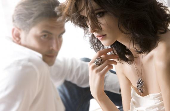 Психология мужчин. На что обращают внимание мужчины, смотря на девушку?