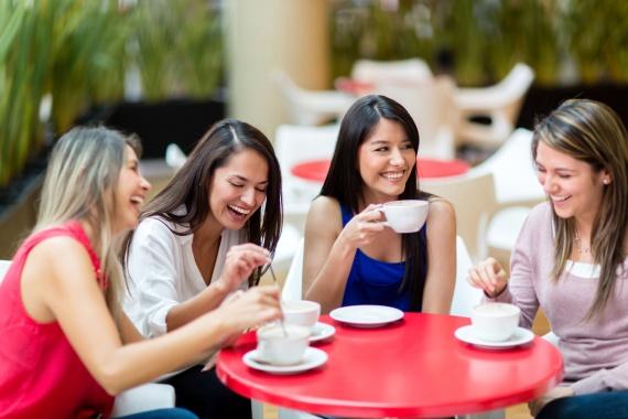 Как социальные отношения влияют на психологию людей?